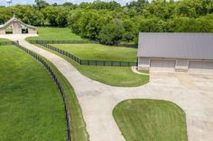 Exquisite custom-built gentleman's farm at 183 Blanche Road Ardmore, Tennessee - horse barn Horse Stables, Horse Farms, Screened In Deck, Horse Property, Horse Ranch, Find Homes For Sale, Real Estate Companies, Luxury Real Estate, Outdoor Pool