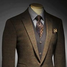 distinguished suit from affordable luxury for all www.aaron-miller.alfadesigner.com