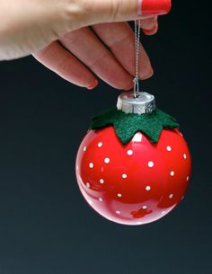 Fun & Fruity Christmas Bauble Ornaments, DIY and Crafts, Diy glass strawberry christmas ball ornament. Ornament Crafts, Diy Christmas Ornaments, Christmas Tree Decorations, Holiday Crafts, Holiday Fun, Ball Ornaments, Noel Christmas, Christmas Baubles, Homemade Christmas
