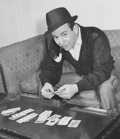 Bobby Darin playin his cards right
