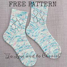 FREE Sock knitting pattern by Ellie Jones at Craft House Magic