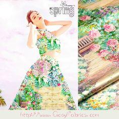 Rose+Print+Silk+stretch+satin+fabric+Floral+fabric+from+Fabrichome+by+DaWanda.com