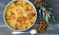 Ananaspaj med kokos. En enkel dessert om du gillar färsk ananas och kokos du kan servera med vaniljglass.