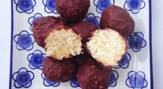 Choc coconut balls