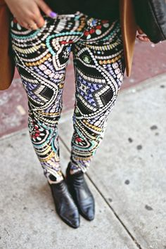 Love the boho vibe of these these leggings - great print x