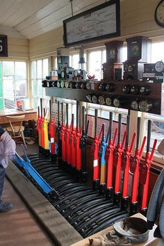 Signal Box at Castle Hedingham - The Lever Frame Ho Scale Train Layout, Ho Scale Trains, Train Layouts, Steam Railway, Railroad Photography, British Rail, Junction Boxes, Water Tower, Locomotive
