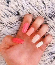 Want some ideas for wedding nail polish designs? This article is a collection of our favorite nail polish designs for your special day. Acrylic Nails Coffin Short, Simple Acrylic Nails, Colorful Nails, Best Acrylic Nails, Coffin Nails, Acrylic Gel, Stiletto Nails, Blush Nails, Nagellack Design
