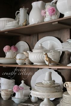French Country Cottage How to Style Shelves http://feedproxy.google.com/~r/blogspot/QoLtm/~3/ZPYY4aApSws/how-to-style-shelves.html via bHome https://bhome.us