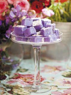 - Lavender turkish delight/Turkse lekkers met laventel Lavender turkish delight / Turkish sweets with lavender Candy Recipes, Sweet Recipes, Dessert Recipes, Just Desserts, Delicious Desserts, Yummy Treats, Sweet Treats, Turkish Sweets, Culinary Lavender