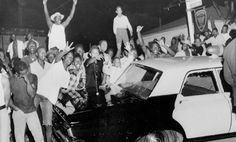 High temperatures, poor living conditions, low employment rates, racial tensions, and police brutality all lead to the Watts riots or Watts uprisings. Book R. Watts Riots, Community Policing, Vito, Civil Rights Movement, African American History, Martin Luther King, To Youtube, Black History, Police