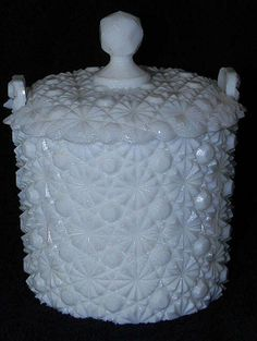 yes yes love Milk Glass!!!