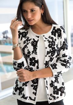 Floral Print Cotton Cardigan | Plus Size Trending Now | Jessica London - With a statement piece cardigan like this one, pair it with a little white dress or a pair of true fit denim and a white tee, this instantly takes a casual outfit to a ultra-chic look.