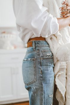 casual styling inspiration streetwear urban style outfit idea stylish look perfect for our backpack check it out Fitz Huxley Denim Fashion, Look Fashion, Urban Fashion, Fashion Outfits, Fashion Trends, Cheap Fashion, Fashion Clothes, Retro Fashion, Fashion Women