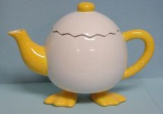 Google Image Result for http://www.smashinglists.com/wp-content/uploads/2010/10/Egg-Teapot.jpg