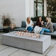 Best Free of Charge Backyard Fire Pit designs Tips Most of modern day householders want for more than a traditional timber deck by using a grill for their backya. Pergola Carport, Pergola Patio, Backyard Patio, Backyard Seating, Backyard Ideas, Backyard Landscaping, Pergola Kits, Patio Ideas, Patio Awnings