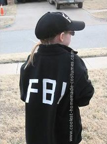 Homemade FBI Agent Costume Check out your local Goodwill for all of your Halloween shopping : www.goodwillvalleys.com/shop