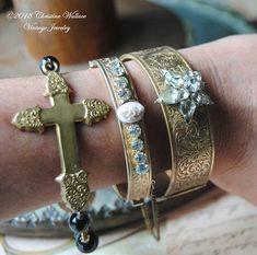 Our Lady Of Victory--Vintage Black Glass Holy Medal Vintage Brass Cross Red Velvet Rosary BRACELET