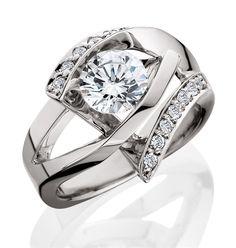 Aurum Design diamond engagement ring