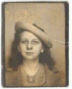 Teen Girl w Hat Photobooth Old Vintage Photo Snapshot Antique Photos, Vintage Pictures, Vintage Photographs, Vintage Images, Time Pictures, Old Pictures, Vintage Photo Booths, Old Photography, Love Photos