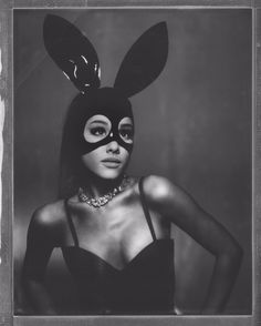 It looks like we will be getting some new music from Ariana Grande very soon!Ariana shared a 20 second teaser video of her new song Dangerous Woman that is Ariana Grande Fotos, Ariana Grande Bunny, Ariana Grande Photoshoot, Ariana Grande Tumblr, Ariana Grande Lyrics, Saturday Night Live, Scream Queens, Ariana Grande Dangerous Woman, Ariana Grande Wallpaper
