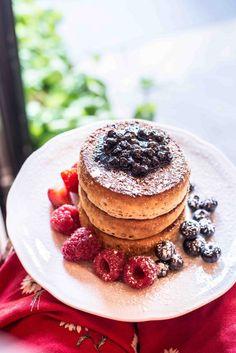 Pancakes im Benedict Berlin Restaurant Berlin, Breakfast Pancakes, Munich, Hot Spots, Poland, Places, Blog, Travel, Round Round