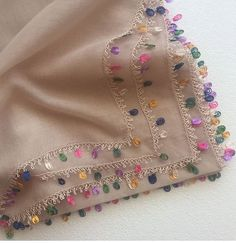 An example of a needle lace example with a really nice color harmony. Couture Embroidery, Hand Embroidery, Embroidery Designs, Baby Knitting Patterns, Sewing Patterns, Needle Lace, Needle And Thread, Cotton Kurties, Rangoli Ideas