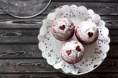Red Velvet Amish Friendship Bread ♥ friendshipbreadkitchen.com