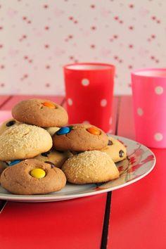 Υπέροχα μπισκότα με 3 υλικά! - Toftiaxa.gr Toddler Menu, Condensed Milk Cookies, Biscuits, Special Recipes, Diy And Crafts, Cereal, Recipies, Food And Drink, Cooking Recipes