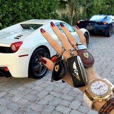 The best way to live a luxury lifestyle ! #luxurylifestyle #luxuryliving #lifewithoutworries #beautifullife #expensiveluxuries #exclusivedesign #designideas #goodlife #luxuryworld