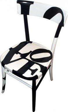 He decidido instaurar, días de los muebles y voy a empezar por la silla. AH! La silla esa gran desconocida, jejeje, es el mueble que más uti...