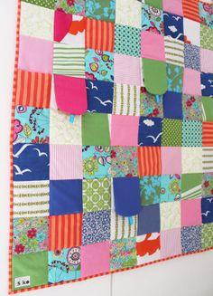 Peek a boo baby patchwork quilt by @Kajsa 'Syko' Wikman . Love it.