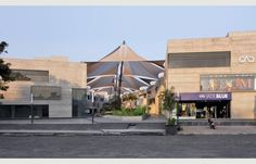 Corporate house for sale or rent in mondeal retail park in Ahmedabad Real Estate. Best property on S.G. Highway and premium quality.Buy Commercial & Residential Property in Surat,Buy Flat & Shops in Surat Ahmedabad.
