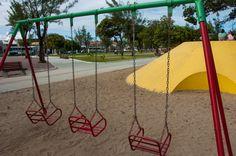 Infância sem balanço, não é infância :D - Praça da Faculdade