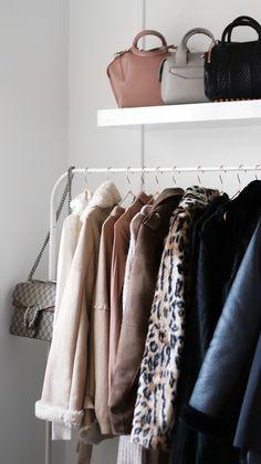 WINTER FASHION GUIDE   Trends & Capsule Wardrobe Basics