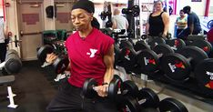 77-year-old grandmother lifts big at the gym - - Willie Murphy's workouts include dead-lifting more than twice her own weight and putting up 125 pounds on the bench press