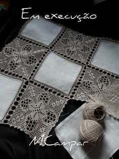 This Pin Was Discovered By Ter – Artofit - Diy Crafts Filet Crochet, Crochet Motifs, Crochet Borders, Crochet Squares, Crochet Doilies, Crochet Cushion Cover, Crochet Cushions, Crochet Tablecloth, Crochet Fabric