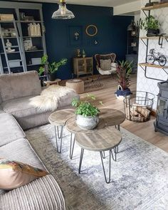 So many unique items in this space. Love the coffee table. Living Room Colors, New Living Room, Bedroom Colors, Living Area, Living Room Remodel, Apartment Living, Tv Wall Design, House Design, Small Lounge