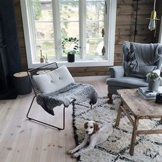 Home & Decor Log Home Interiors, Rustic Interiors, Cabins In The Woods, House In The Woods, My Living Room, Living Room Decor, Scandinavian Cabin, Chalet Interior, Cosy Room