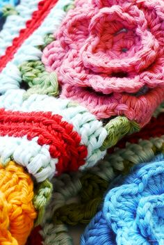 Crochet: Babouska Rose Blanket - Sewing Daisies