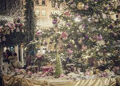 Продолжаем гулять по красивой новогодне-рождественской Москве