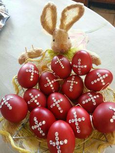Bling Bling Greek Easter Eggs, Bunny Basket, Cross Eggs, Red #2014 #easter #crafts www.loveitsomuch.com