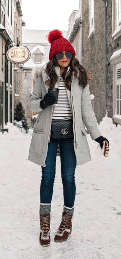 Cold Weather Look Winter Outfit Inspiration Quebec City What to wear J.Crew Snow boots layering