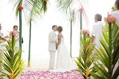 destination wedding ©ambyrporterphotography.com/blog  #jamaica