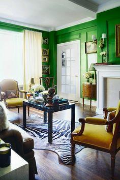 [Home Decor] Fresh + Bright Green Living Room