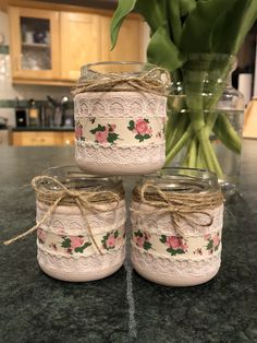 Food jar crafts, tin can crafts, crafts with glass jars, wine bottle crafts, maso Baby Food Jar Crafts, Tin Can Crafts, Mason Jar Crafts, Mason Jar Diy, Food Baby, Wine Bottle Crafts, Bottle Art, Bottles And Jars, Glass Jars