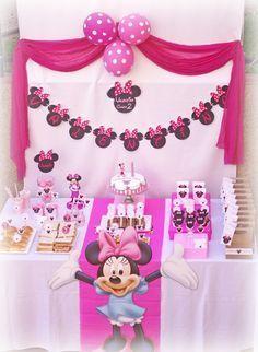 Trendy birthday ideas for girls party minnie mouse ideas Minnie Mouse Baby Shower, Minnie Mouse Party, Mouse Parties, Disney Parties, 2nd Birthday Parties, Girl Birthday, Birthday Ideas, Birthday Table, Mickey Party