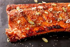This miso-ginger glazed salmon recipe is a simple yet impressive party dish: a flavorful sweet and salty fish dish. - with Mirin