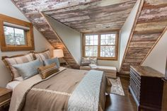 A collection of interior designs featuring 19 Magical Rustic Bedroom Interior Designs That Will Relax You. Modern Bedroom Design, Master Bedroom Design, Modern House Design, Interior Design Pictures, Room Interior Design, Interior Ideas, Rustic Room, Rustic Interiors, Relax