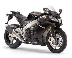 From the queen of SBK Aprilia distils the perfect bike for the track days enthusiast gentleman rider.  The only supersport bike which allows the rider to safely refine his riding ability thanks to the APRC dynamic control package.