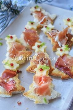 Christmas Finger Foods, Christmas Lunch, Christmas Appetizers, Party Finger Foods, Finger Food Appetizers, Appetizers For Party, Toast Noel, Ny Food, Good Food